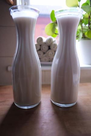 oat and almond milk