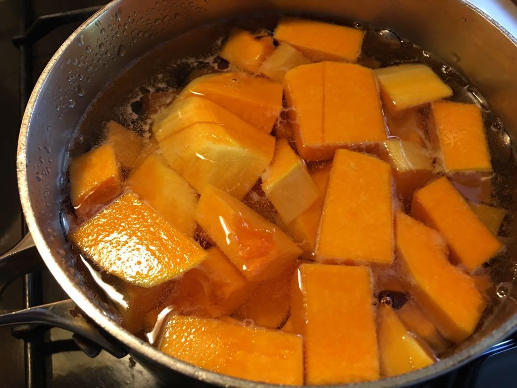 Boiling butternut squash