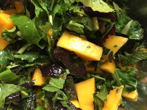 Mango green salad