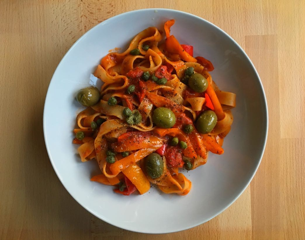 Pappardelle and vegetables