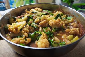 Cauliflower courgette and butter bean meal